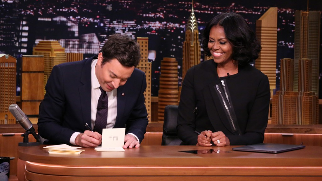 THE TONIGHT SHOW STARRING JIMMY FALLON -- Episode 0600 -- Pictured: (l-r) Host Jimmy Fallon and First Lady Michelle Obama write Thank You Notes on January 11, 2017 -- (Photo by: Andrew Lipovsky/NBC/NBCU Photo Bank via Getty Images)
